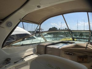 Searay Sundancer 380 Enclosure with covered interiror zippers